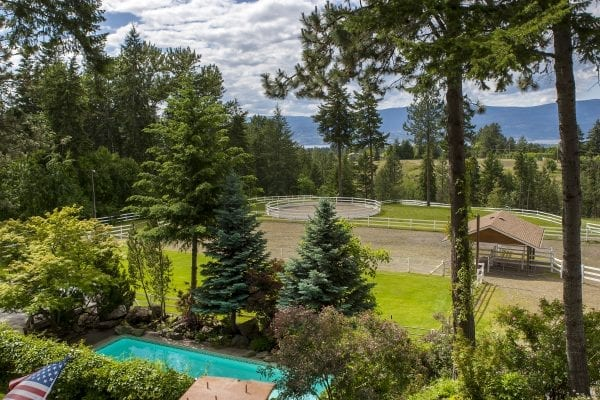3608 Luxmoore Road listed by Domeij and Associates