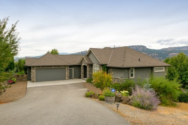 Front view of 2240 Rojem Road listed by Domeij and Associates