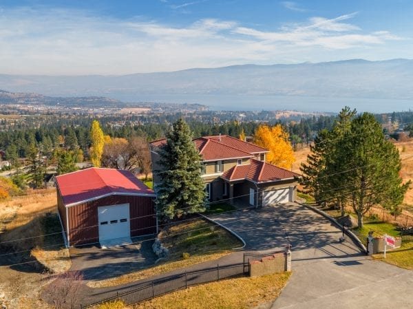 Overview of 3485 Fenton Road house and shop listed by Domeij and Associates