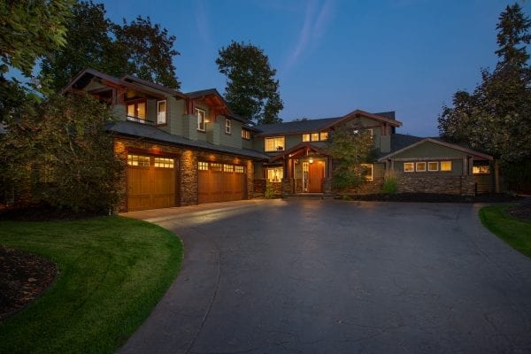 Waterfront neighbourhood 4269 Hobson Road listed by Domeij and Associates