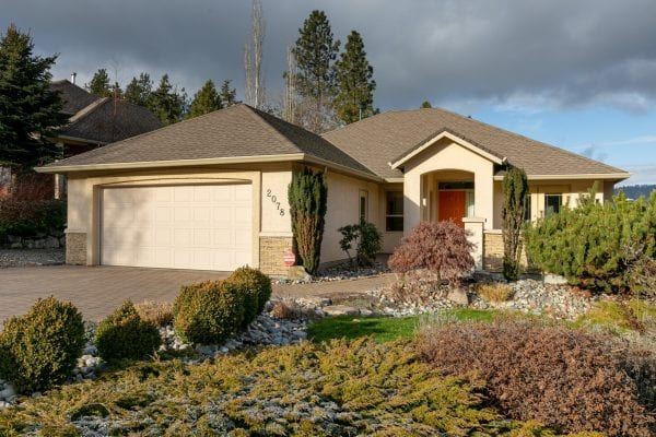 Dilworth Mountian walkout rancher 2078 Chilcotin Cres listed by Domeij and Associates