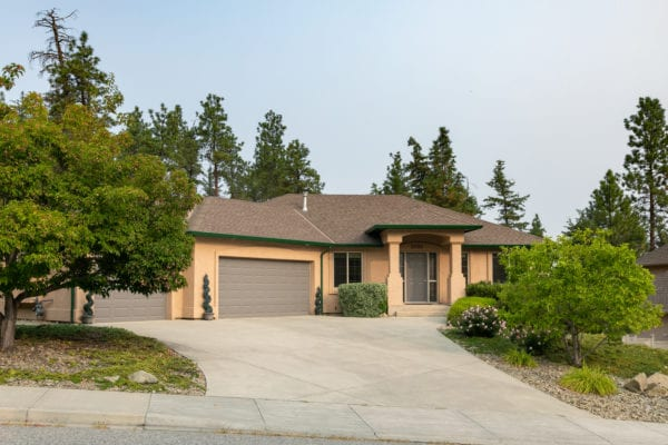 Dilworth Mountain 2090 Chilcotin Cres listed by Domeij and Associates
