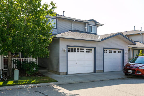 22 1120 Guisachan Road centrally located townhome Domeij and Associates